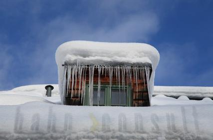 Hahn Versicherung - Elementarschäden - Schneelast